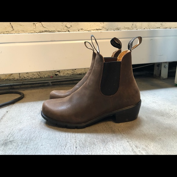 Blundstone 1673 Leather Heeled Chelsea boots